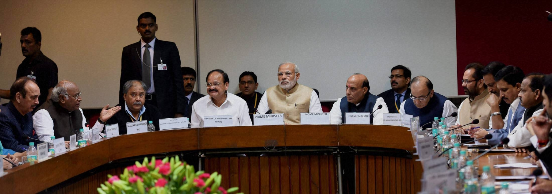 PM reaches out to Oppn on GST Bill