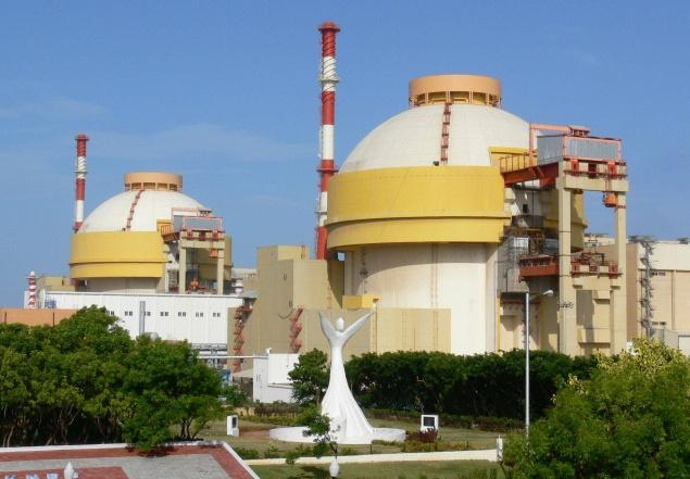 India, Russia likely to sign pact on Kudankulam plant during PM visit
