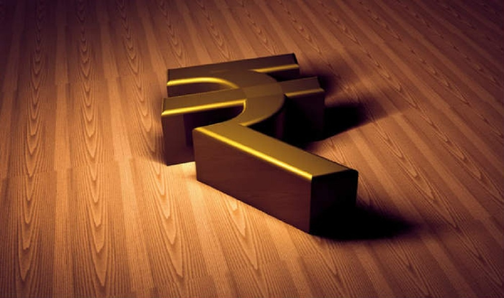 Rupee cracks to 2016-low on funds exodus; ends at 68.76