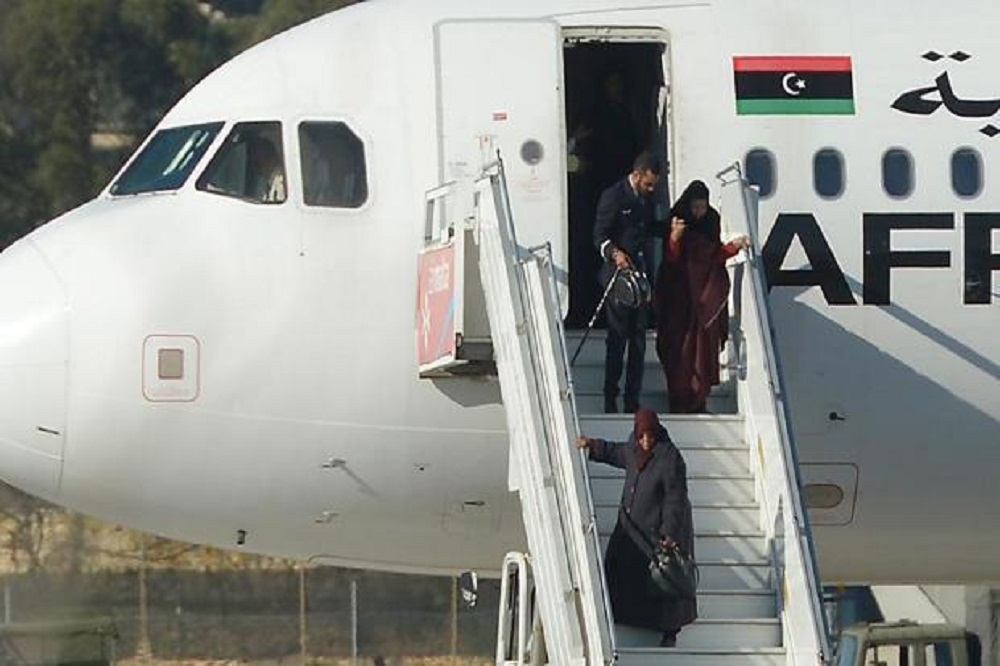 Hijackers of Libyan plane surrender