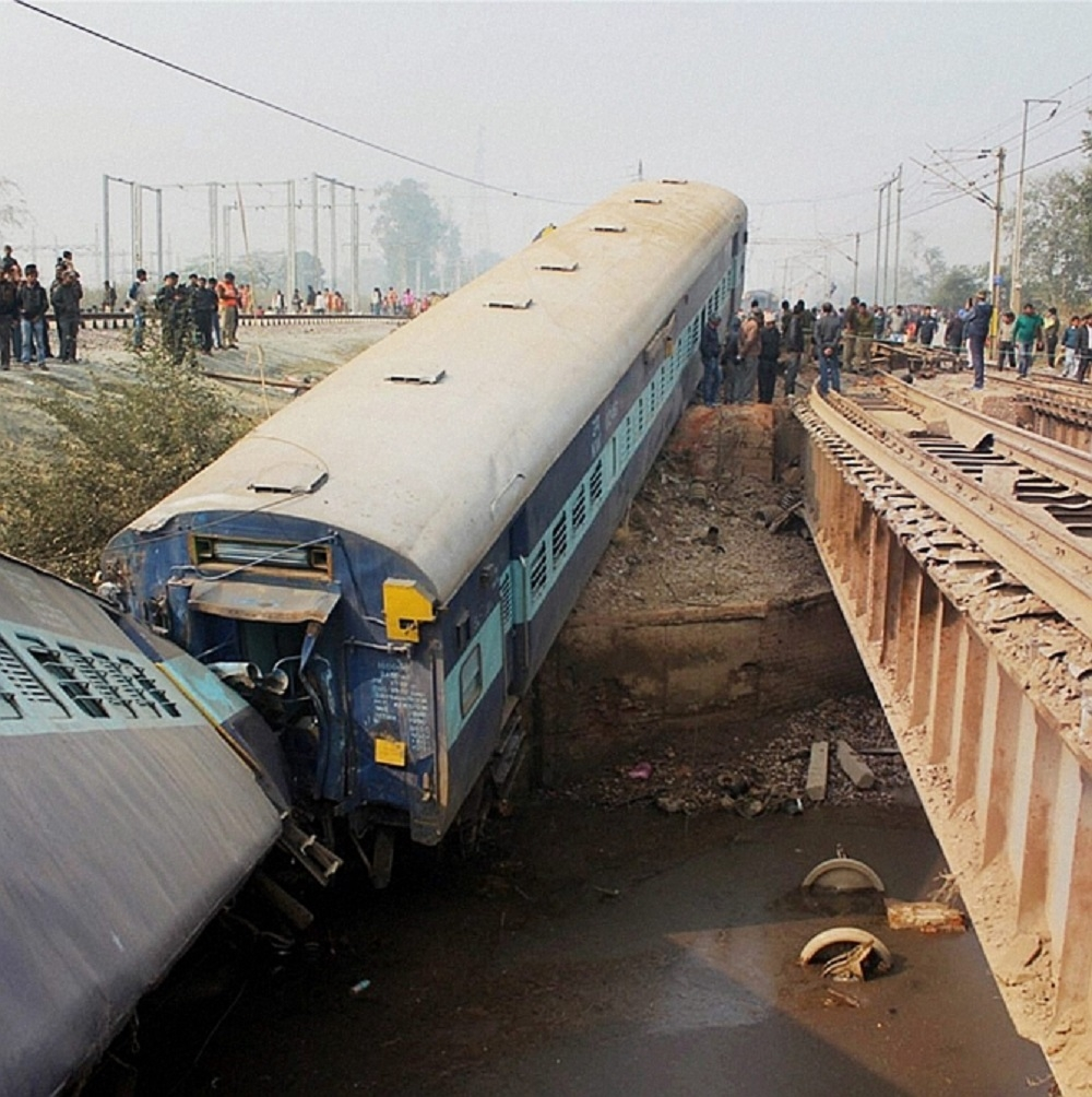 Over 62 hurt as Sealdah-Ajmer Express derails