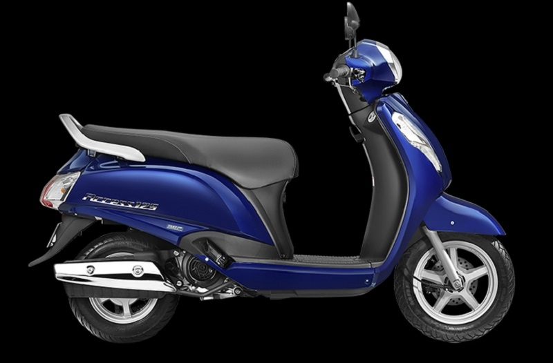 new suzuki access 125 bags cnbc-tv 18 'viewers choice scooter 2017