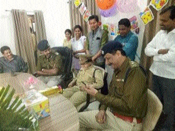 Sania Sahu, a 11-yr-old cop for a day