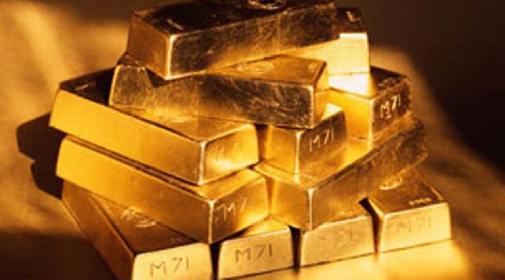 Gold begins New Year on a steady note; silver falls