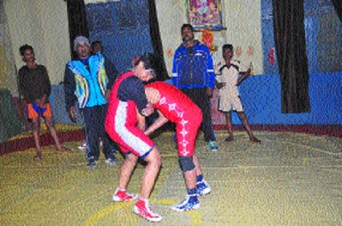 Latest Bollywood flicks inspire young girls to take up wrestling