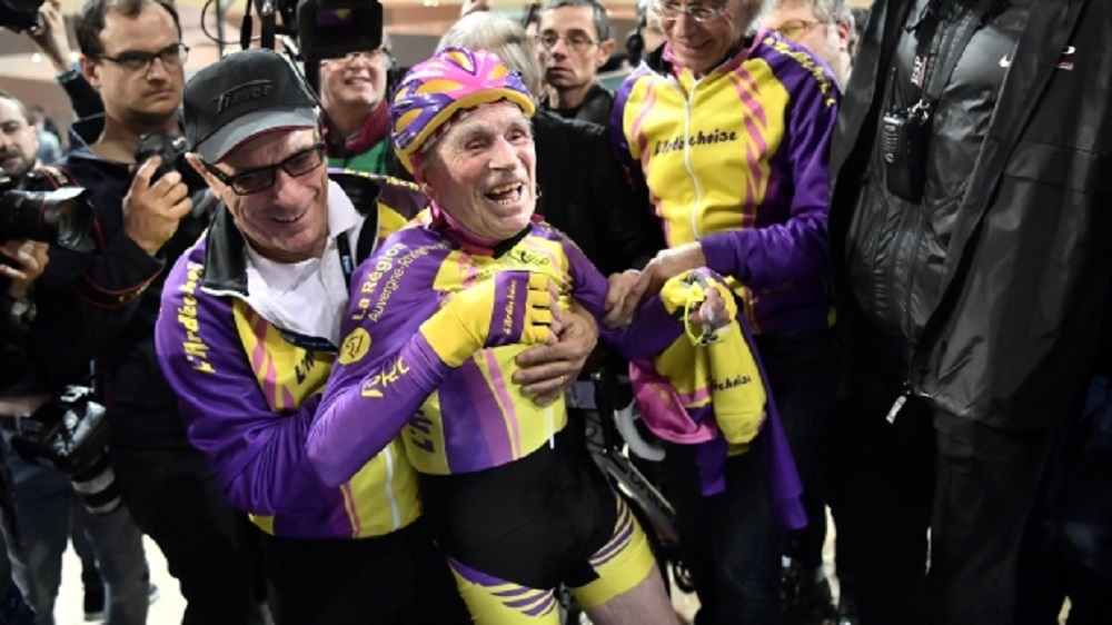 105-yr-old Frenchman sets cycling record