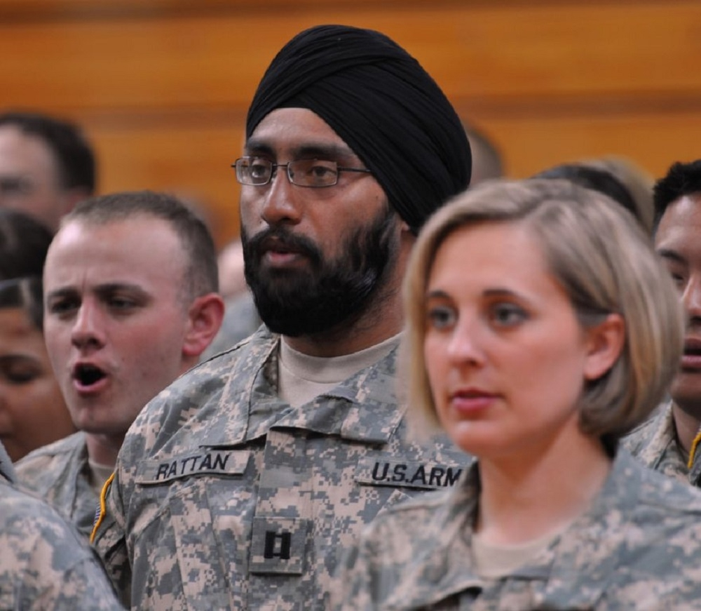 US Army allows servicemen to keep beards, turbans, hijabs
