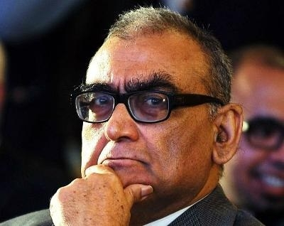 Justice Katju tenders apology in SC