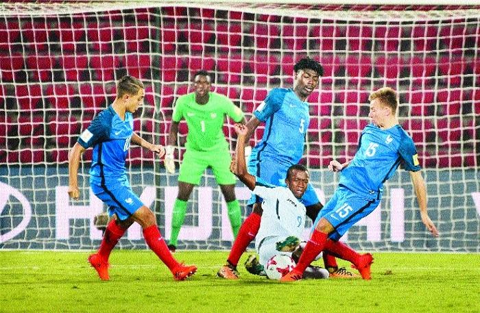 France thrash Honduras