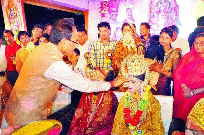CM urges citizens to discard Ravan-like evils
