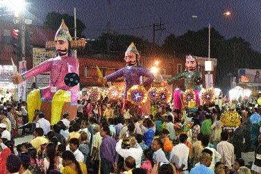 Grandeur marks grand Dussehra procession