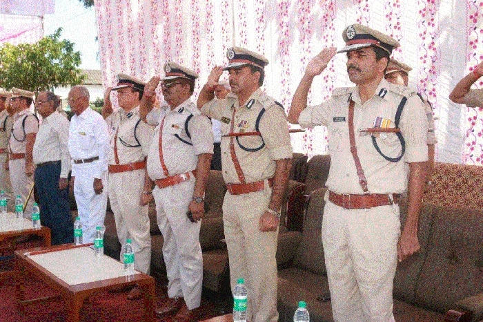 'Sacrifice of soldiers, policemen equally important'