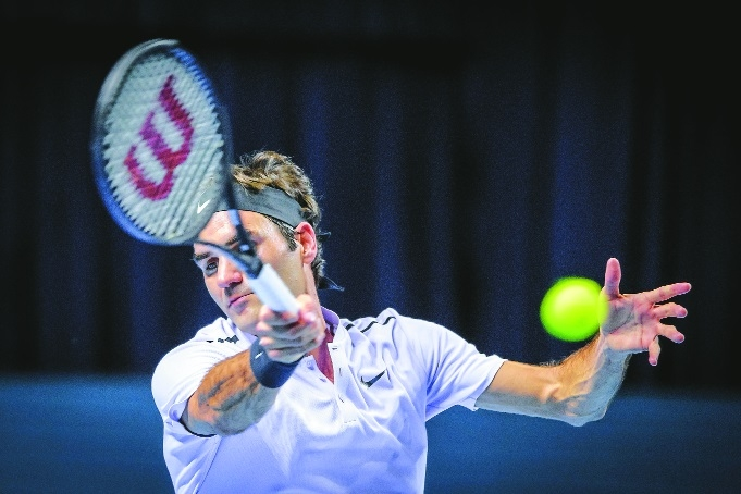 'Surprised' Federer races into quarters