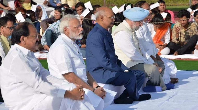 Nation pays tributes to Gandhi, Shastri on birth anniversary