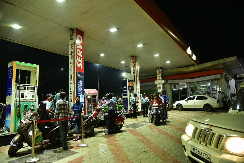 License of Virmani Petrol Pump, Sadar suspended for violating norms