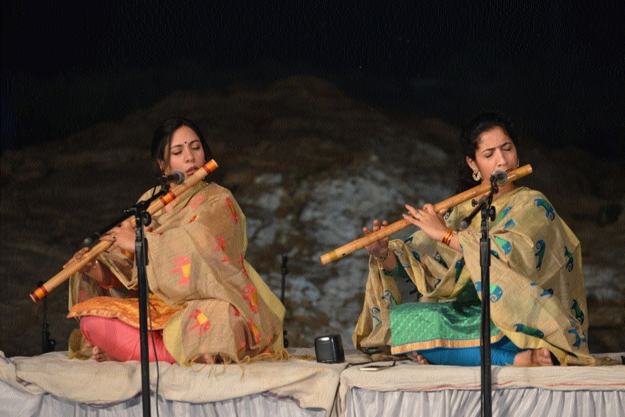 Narmada Mahotsav: Artists strike the right chord