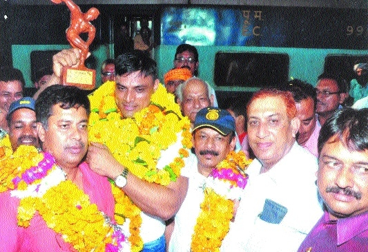 Bodybuilder Brijendra accorded warm reception