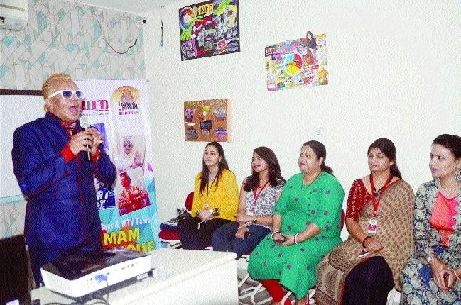 Bigg Boss, MTV fame Imam Siddique visits city