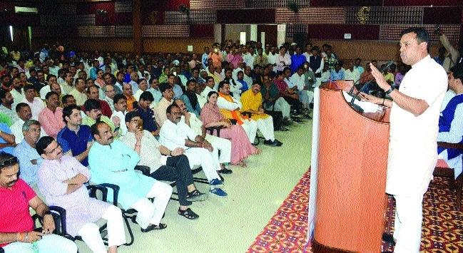 Patra slams Digvijay, Owaisi on Rohingya issue