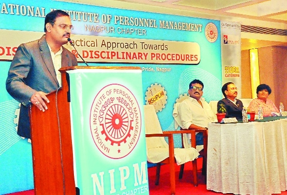 'HR contributes 100% for success of business'
