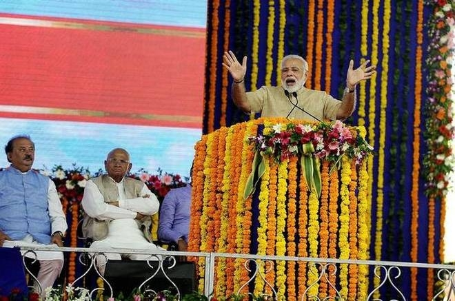 Modi slams UPA Govt over health policy