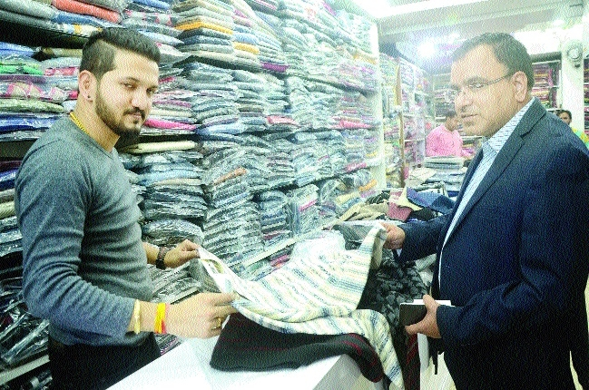 Markets flooded with new collection of woollen clothes