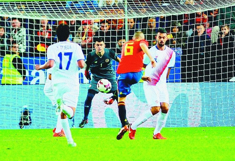 Five-star Spain tharsh Costa Rica
