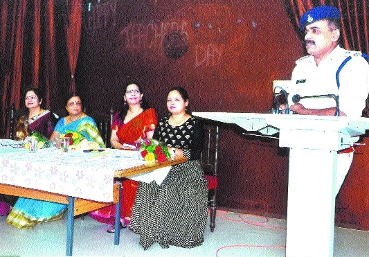 Mankunwar Bai College celebrates MP's Foundation Day