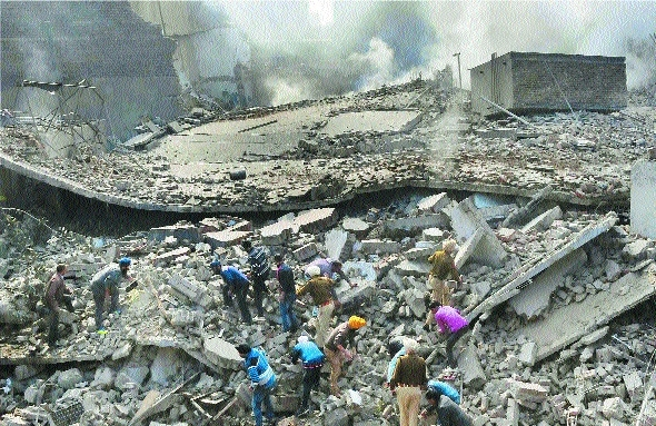 Rescue works a five storied building collapsed in Ludhiana