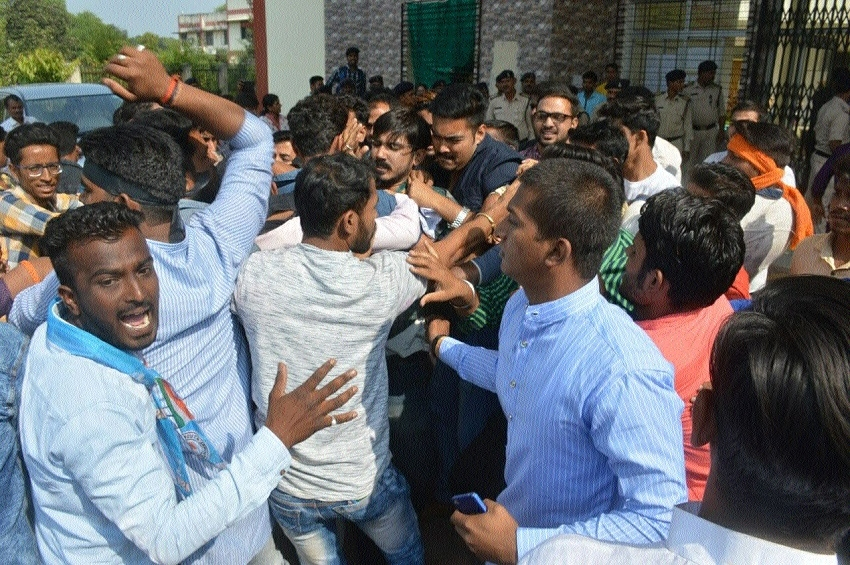 Commotion at RDU after ABVP, NSUI confront each other