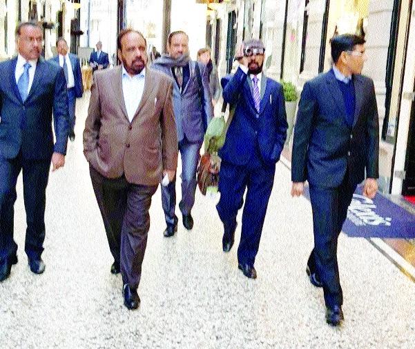 Minister Bhargava on Holland tour