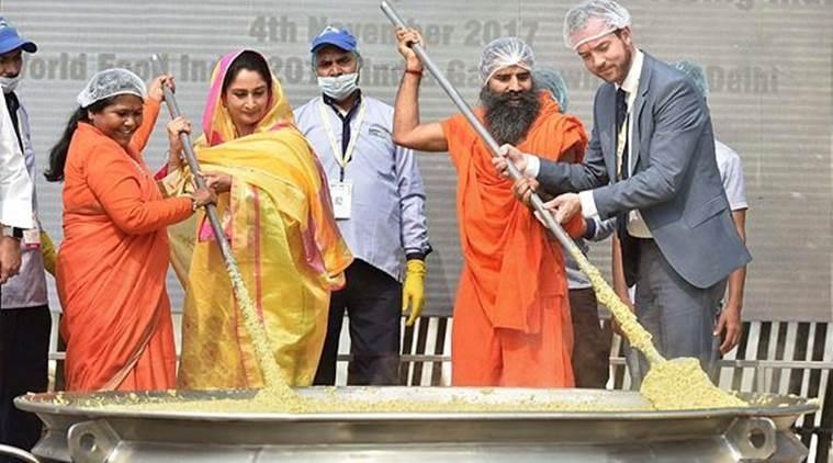918 kg 'khichdi' makes world record
