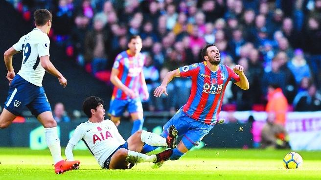 Tottenham edge past Palace with Son winner
