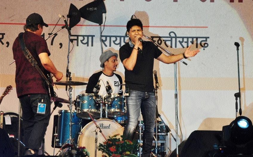 Playback singer KK performs in valedictory function of Rajyotsava