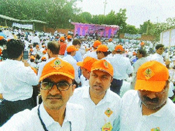 Over 600 Ayurveda doctors from city participate in protest march in Delhi