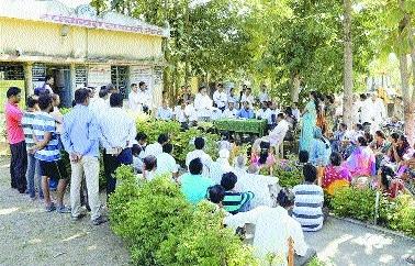 Khapri PAPs demand proper rehabilitation from MADC