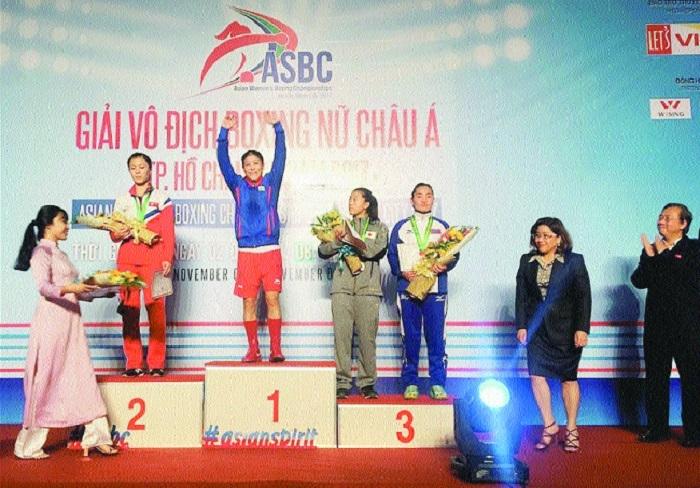 Mary Kom wins gold at Asian Championship