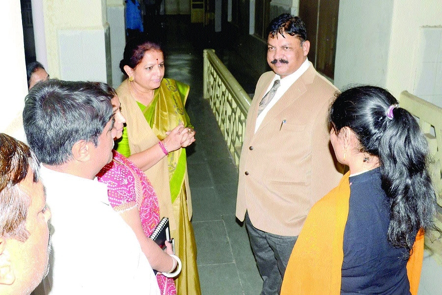 Chitnis enquires about health of victim girl