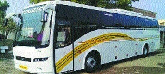 No entry to fleet of 83 private travel bus operators in city: HC
