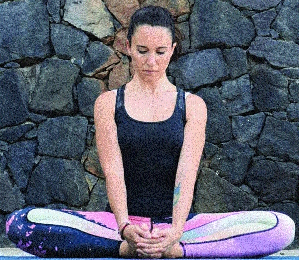 Yoga postures for expecting moms