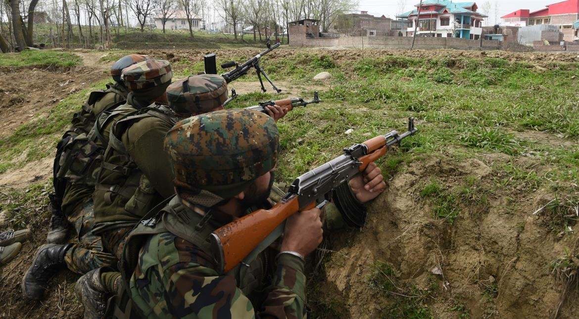 Army crosses LoC, kills 3 Pak soldiers