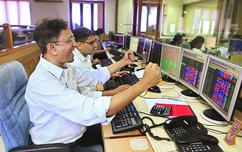 Capital markets poised to conquer new peak: Experts