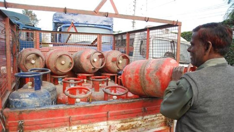 Govt withdraws decision to raise LPG prices by Rs 4 per month