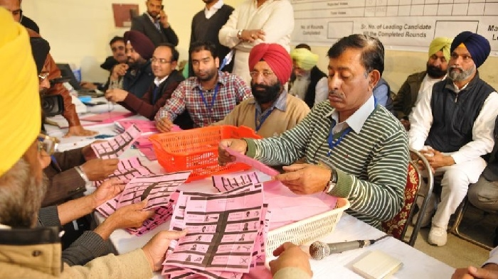 Oppn parties demand future polls with ballot papers