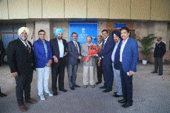 Chairman of Sports Council of India felicitates MPOA Secretary Digvijay Singh