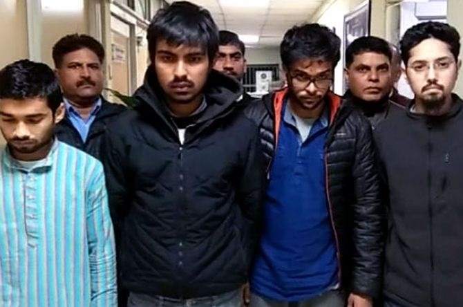 4 students arrested with 1.14 kg charas from Delhi varsity