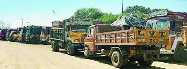 Transporters facing several hurdles in biz