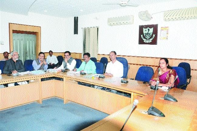 'Redress grievances of people regarding water supply'