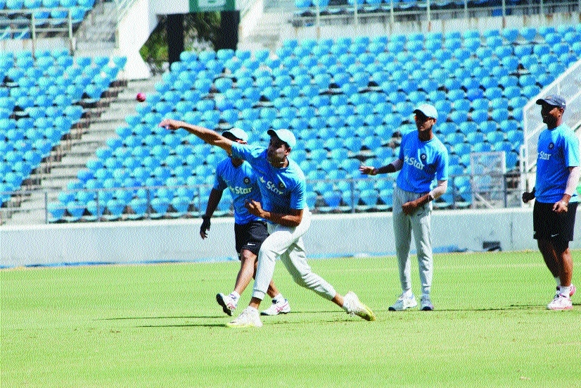 India likely to play three spinners