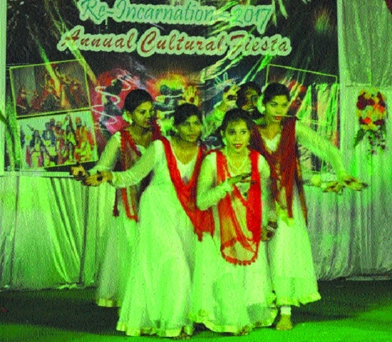 Kumhari wing of Shri Rawatpura Group celebrates annual function